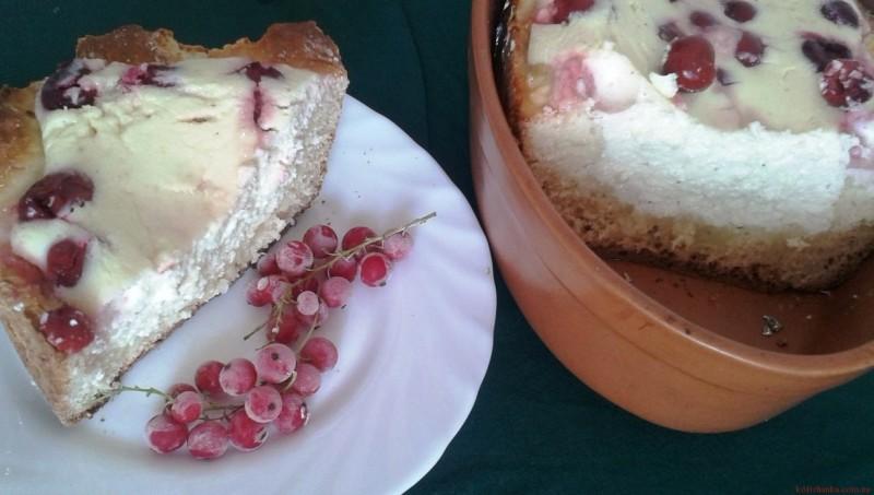 Сирний пиріг з вишнями