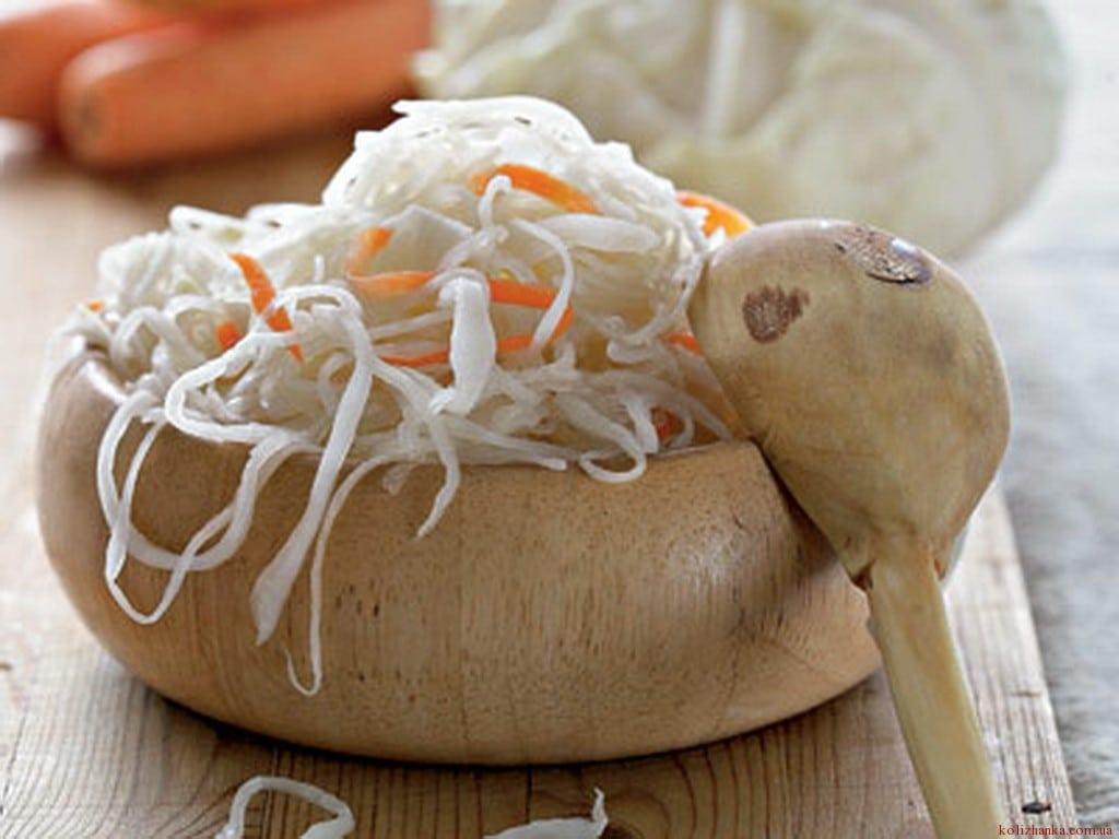 Як правильно квасити капусту? Рецепти і секрети приготування