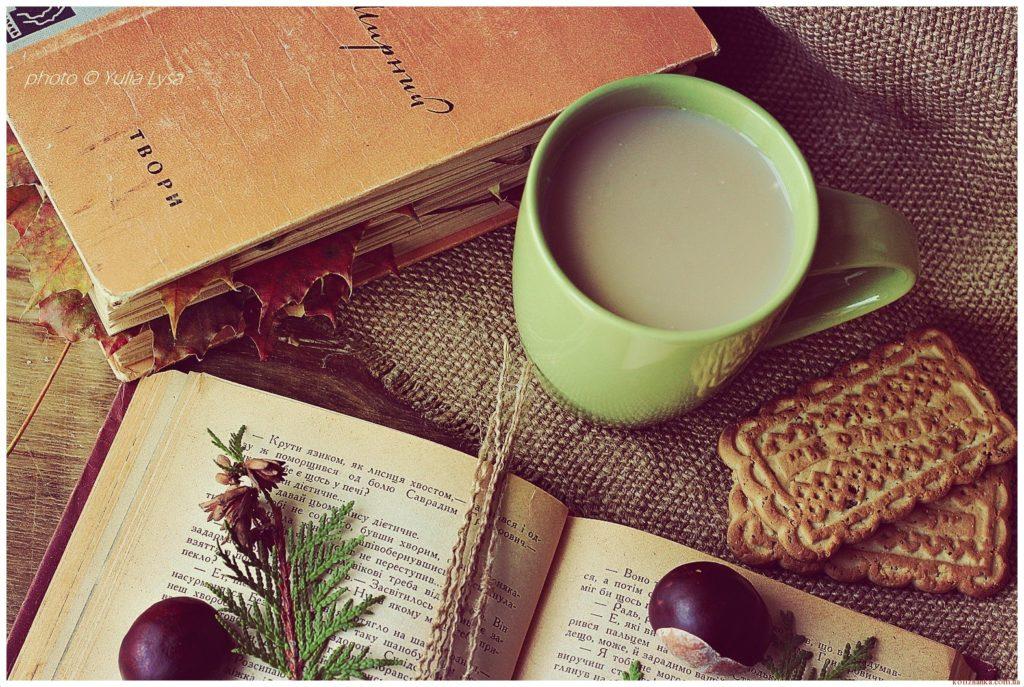 Як встигати читати по одній книзі щотижня?