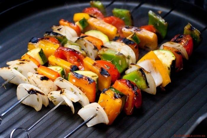 Шашлички з овочів на грилі