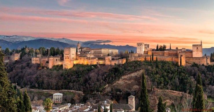 Альгамбра, Андалусія, Іспанія