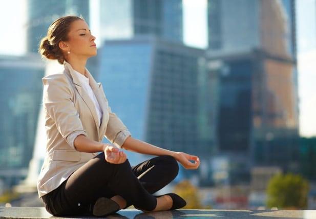 Як вийти з депресії самостійно: 3 простих способи
