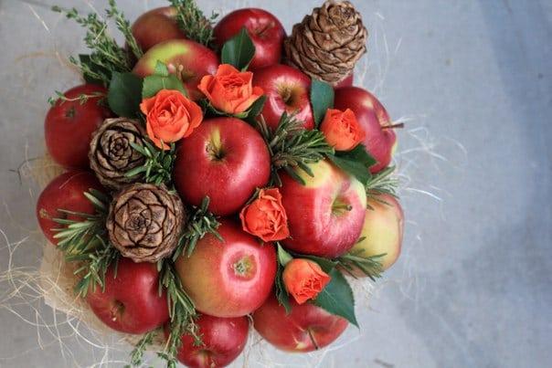 Букет подарочный из фруктов своими руками 78