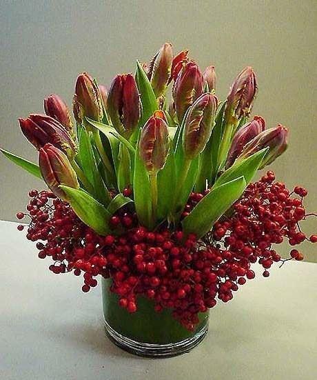 Весняна флористика. Фото-ідеї декору з тюльпанами (1)