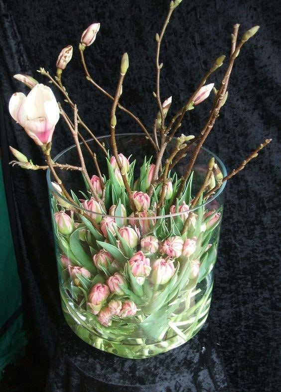 Весняна флористика. Фото-ідеї декору з тюльпанами (11)
