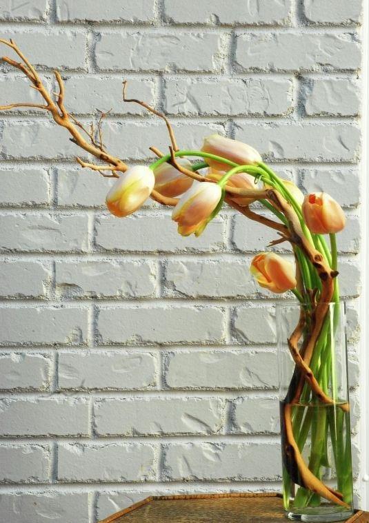 Весняна флористика. Фото-ідеї декору з тюльпанами (20)