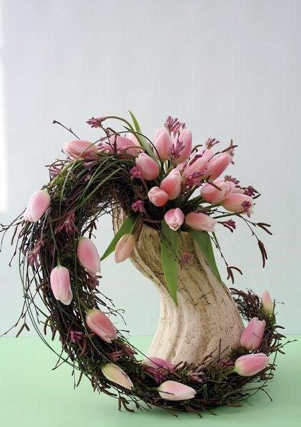 Весняна флористика. Фото-ідеї декору з тюльпанами (22)