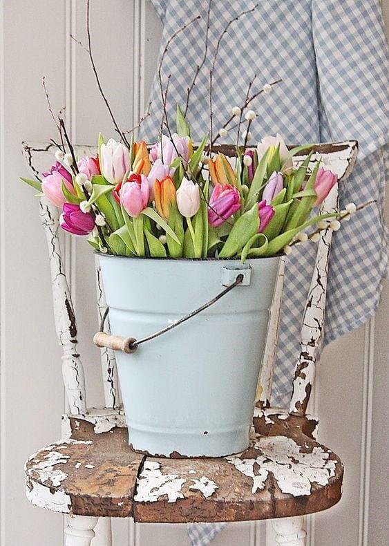 Весняна флористика. Фото-ідеї декору з тюльпанами (4)