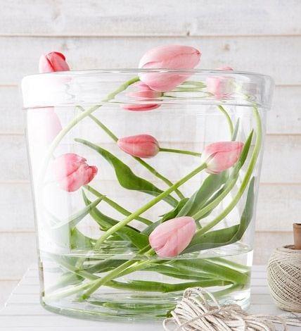 Весняна флористика. Фото-ідеї декору з тюльпанами (6)