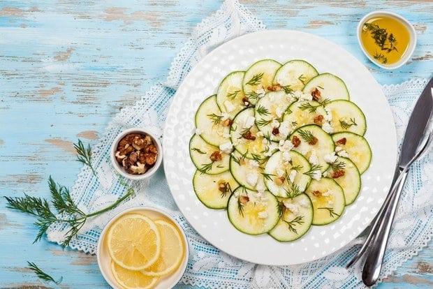 Літній салат з кабачків