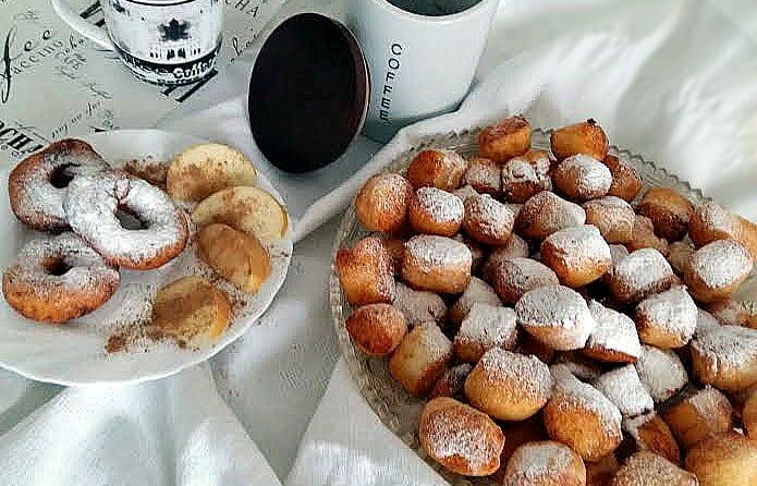 Сирні пончики – легко і смачно !