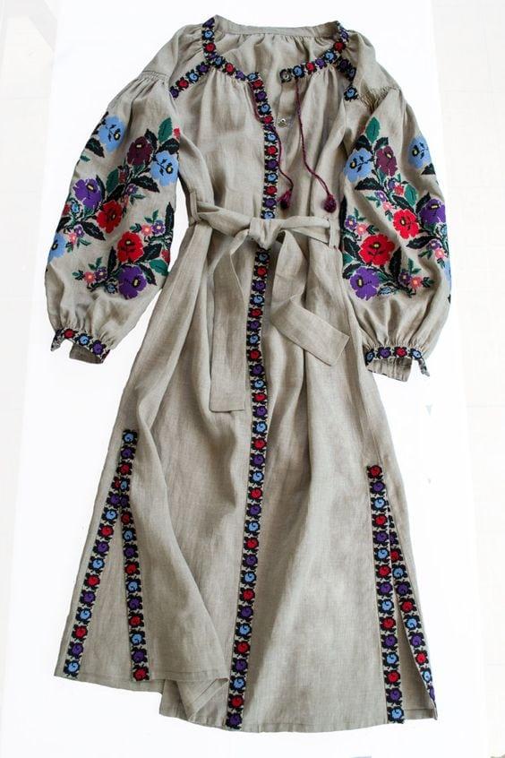 Сучасні вишиті сукні (30 фото) (10)