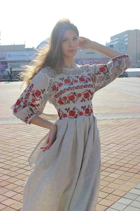 Сучасні вишиті сукні (30 фото) (19)