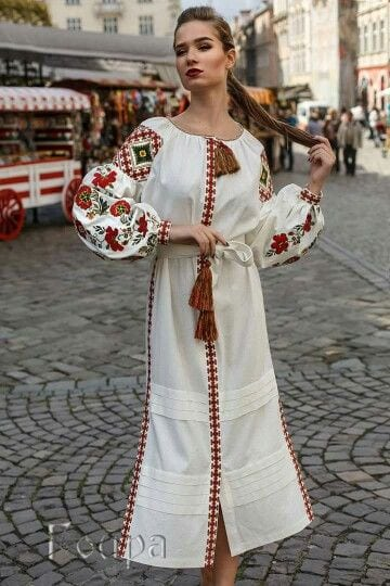 Сучасні вишиті сукні (30 фото) (6)
