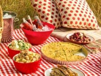 Меню для пікніка: 12 ситних рецептів закусок