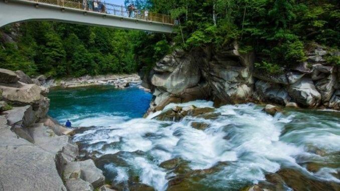 Водоспади України: 35+ найгарніших водоспадів України (фото)